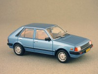 Mazda 323 (Whitebox) 1/43e