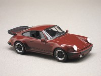 Porsche 911 Turbo 3.3 930 (Maxichamps) 1/43e