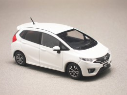 Honda Fit RS blanche (First:43) 1/43e