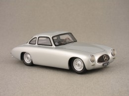 Mercedes 300 SL 1952 small doors (Contact) 1/43e