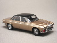 Daimler Double-Six Vanden Plas 1972 (Matrix) 1/43e