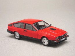 Alfa Romeo GTV6 (Whitebox) 1/43e