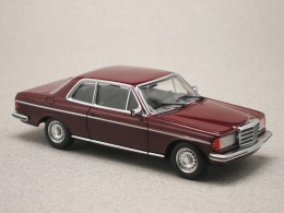Mercedes W123 CE marron (Maxichamps)