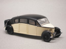 Burney Streamline R-100 (Autocult) 1/43e