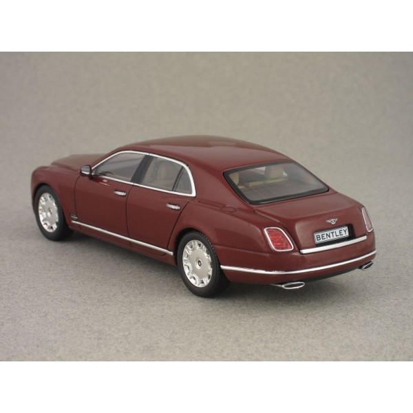 Bentley Mulsanne Lemans: Bentley Mulsanne 2010 Bordeaux (Minichamps) 1/43e