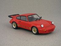 Porsche 911 Carrera RS 3.0 par Minichamps