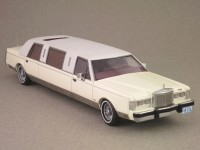Lincoln Town Car Limousine white (NEO) 1/43e