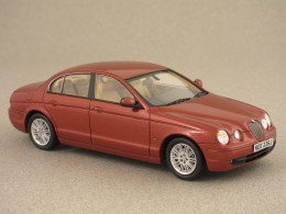 Jaguar S-Type rouge (NEO) 1/43e